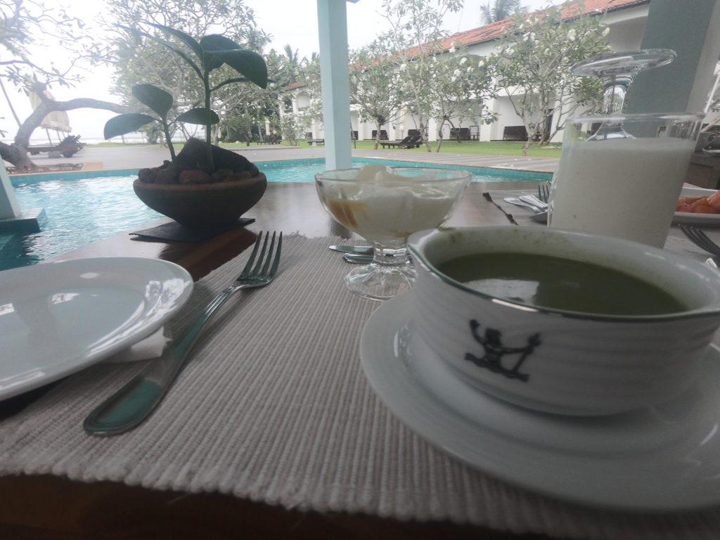 スリランカアーユルヴェーダリゾート2日目の朝食